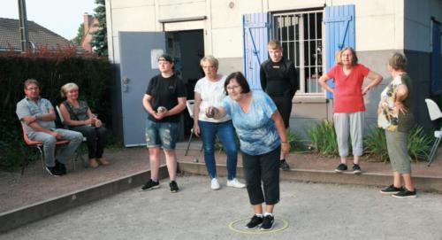 21-09-04 Lysiane tire