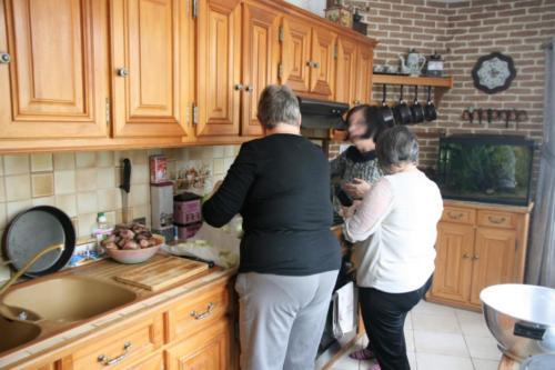 3-Jocelyne, Joëlle & Lysiane en cuisine